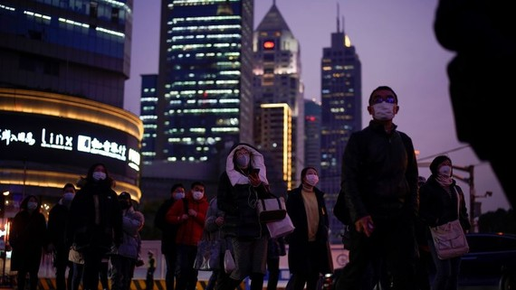 Shanghai has so far been spared a major outbreak of the coronavirus, but is still under pressure as migrant workers return and businesses reopen.   © Reuters