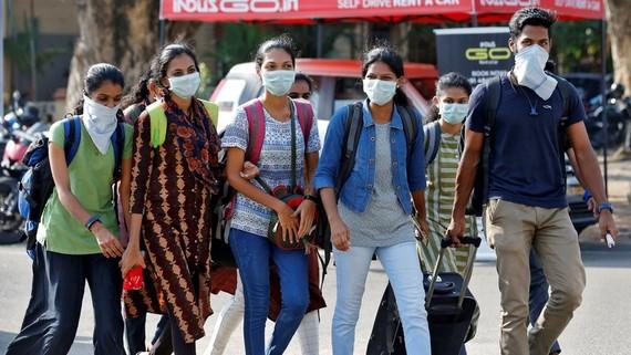 Ấn Độ kéo dài lệnh phong tỏa, giãn cách xã hội đến ngày 3/5. Ảnh: Reuters