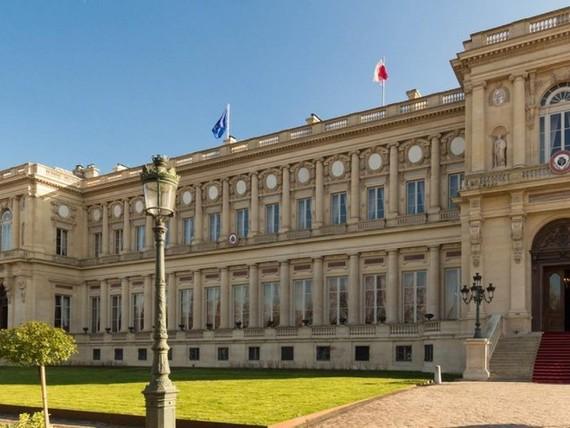 Tòa nhà đại sứ quán Trung Quốc tại Pháp.