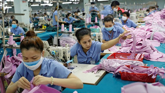 Once a driver of Vietnam's rapid economic growth, the garment industry has taken a major beating from the coronavirus pandemic.   © Reuters