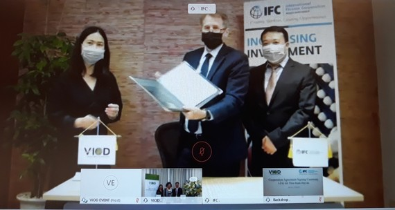IFC Strengthens Cooperation with Vietnam Institute of Directors, Helping Companies in  Covid-19