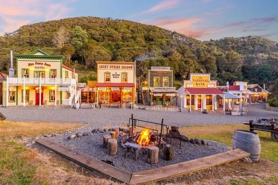 Các nhà đầu tư Hoa Kỳ để mắt tới thị trấn Old West, New Zealand với giá 7,5 triệu USD