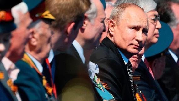 """Ông Putin sẽ trở thành """"Tổng thống trọn đời"""" của Nga?"""