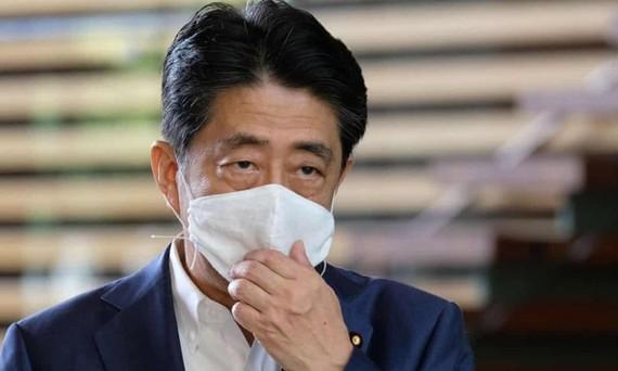 Điều gì tiếp theo sau khi Thủ tướng Nhật Bản Abe từ nhiệm? Ai là người kế vị tiềm năng?