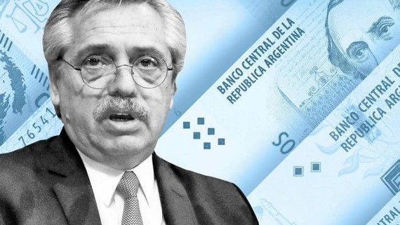 Analysts and investors fear the shift in President Alberto Fernández's government towards greater economic orthodoxy will not be enough to staunch the haemorrhaging of central bank reserves © Financial Times