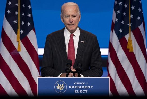 Ông Joe Biden phát biểu sau cuộc họp với các Thống đốc bang lưỡng đảng tại Wilmington, bang Delaware ngày 19/11. Ảnh: AFP/TTXVN