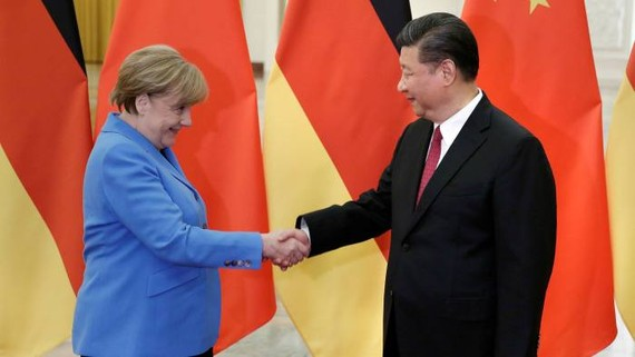 Angela Merkel, German chancellor, with China's president Xi Jinping in Beijing in May 2018 © Getty Images