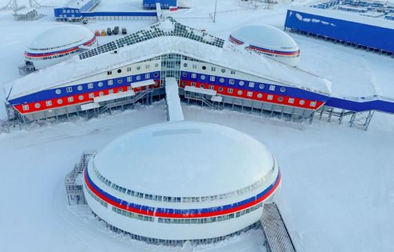 Căn cứ quân sự Cỏ ba lá nằm trên đảo Alexandra Lands của Nga là căn cứ quân sự hiện đại nhất của nước này tại Bắc cực. Nguồn ảnh: Bộ Quốc phòng Liên Bang Nga)