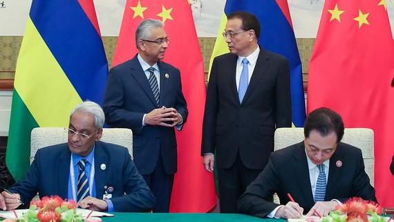 Trung Quốc và Mauritius kết thúc đàm phán về hiệp định thương mại tự do song phương (FTA) tại Bắc Kinh năm 2018. Ảnh: CGTN