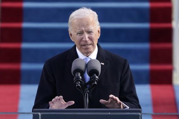 Tổng thống Joe Biden phát biểu trong buổi lễ nhậm chức lần thứ 59 ở Mặt trận phía Tây của Điện Capitol. Ảnh: Patrick Semansky-Pool/Getty Images