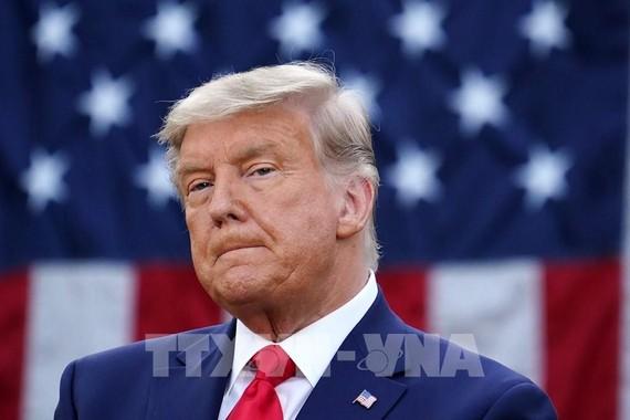 Hạ viện chuyển Thượng viện bản luận tội cựu Tổng thống Donald Trump