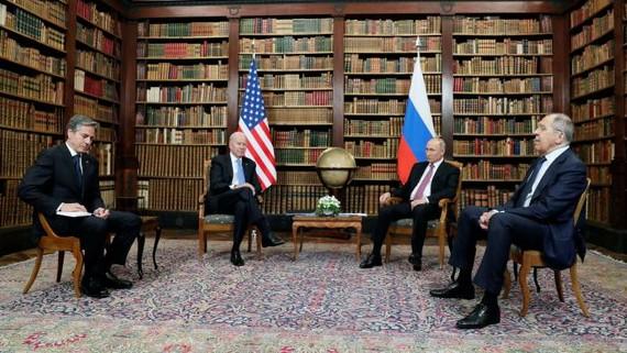Joe Biden and Vladimir Putin, flanked by secretary of state Antony Blinken and foreign minister Sergei Lavrov in Geneva © Mikhail Metzel/Sputnik/Kremlin Pool/EPA-EFE/Shutterstock