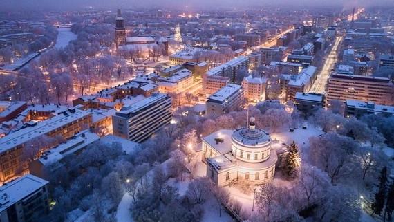 Suốt nhiều năm, Phần Lan luôn là quốc gia hạnh phúc nhất thế giới, theo Báo cáo Hạnh phúc Thế giới - Ảnh: Getty Images