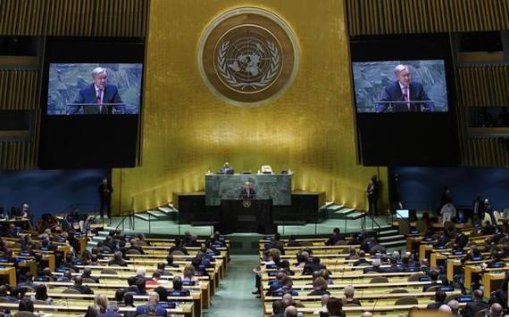 Tổng Thư ký Liên Hợp Quốc Antonio Guterres phát biểu tại Kỳ họp thứ 76 của Đại hội đồng Liên Hợp Quốc. Ảnh: AP.