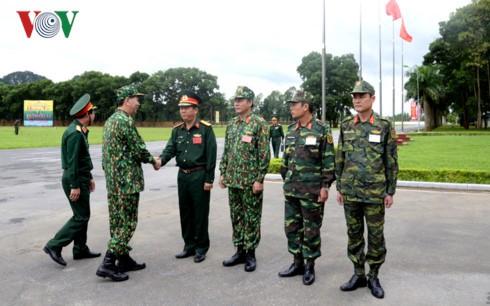 Chủ tịch nước Trần Đại Quang đến thăm, làm việc với Bộ Quốc phòng tại Trung tâm Huấn luyện Miếu Môn, Hà Nội. Ảnh: VOV