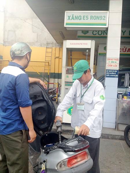 Người dân TPHCM tin dùng  xăng sinh học E5