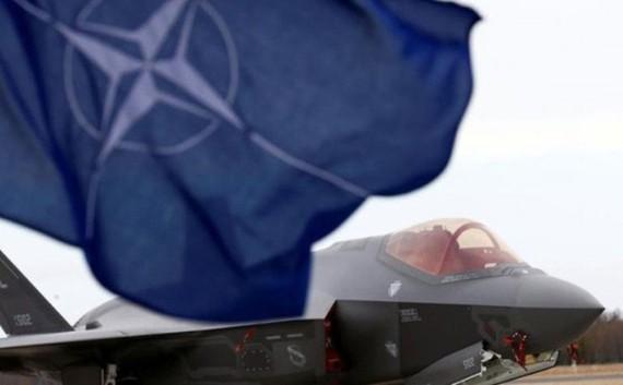 Hai bộ tư lệnh mới sẽ giúp tăng khả năng đối phó Nga của NATO - Ảnh: Reuters