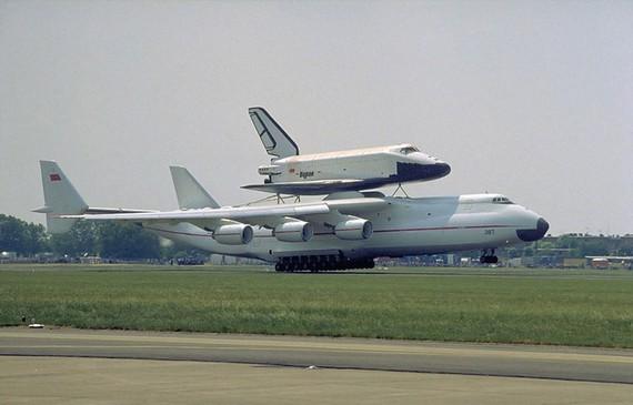 Máy bay lớn nhất thế giới trở lại bầu trời