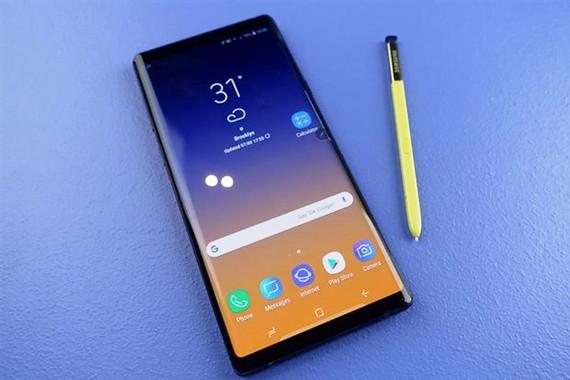 Samsung giảm giá điện thoại để cạnh tranh
