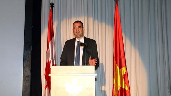Ông Kyle Nunas- Tổng lãnh sự Canada tại TPHCM phát biểu. Nguồn VOH