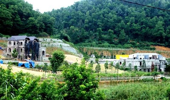 Huyện Sóc Sơn có nhiều công trình vi phạm, lấn chiếm đất rừng phòng hộ lâu nay nhưng không bị xử lý