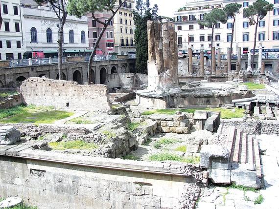 Mở cửa tham quan nơi Hoàng đế La Mã Caesar bị sát hại