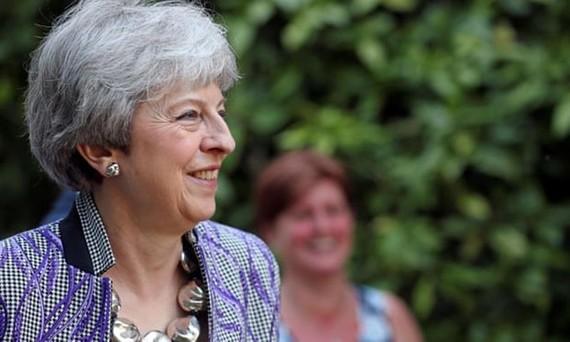 Thủ tướng Anh tránh được cuộc bỏ phiếu bất tín nhiệm tại đảng Bảo thủ. (Nguồn: Reuters)