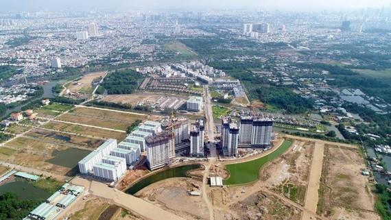 Một dự án căn hộ của DN BĐS Việt Nam hợp tác với đối tác Nhật Bản triển khai tại huyện Bình Chánh, TPHCM  Ảnh: HUY ANH