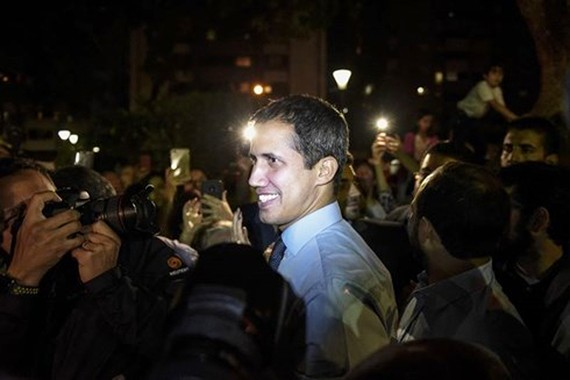 Ông Juan Guaido. Ảnh: Bloomberg