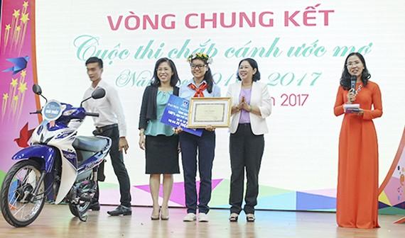 Vương Phối Ân (Trường THPT Võ Văn Kiệt, quận 8) đoạt giải nhất