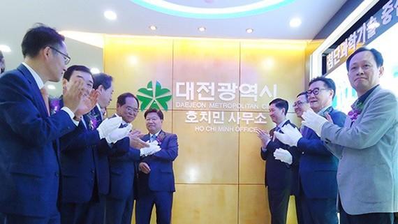 Khai trương Văn phòng Đại diện TP Daejeon tại TPHCM. Ảnh: hcmcpv