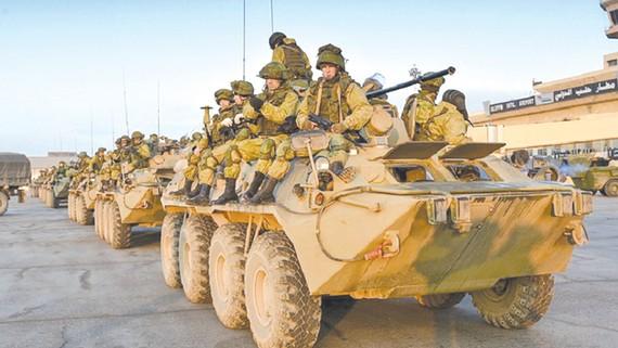 Quân đội Nga mở lại tuyến đường cao tốc nối 2 tỉnh Hama và Homs  