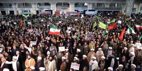 Hàng loạt các cuộc biểu tình đã nổ ra tại các thành phố lớn trên khắp Iran
