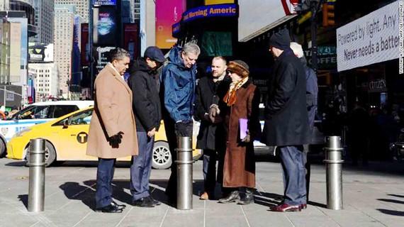 New York lắp trụ chống xe đâm
