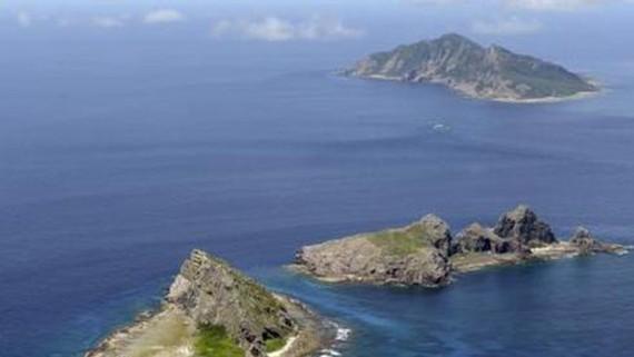 Quần đảo tranh chấp mà Nhật Bản gọi là Senkaku trong khi Trung Quốc gọi là Điếu Ngư trên Biển Hoa Đông. Ảnh: KYODO/TTXVN