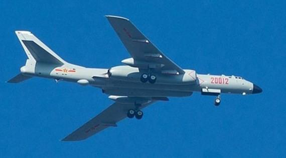 Máy bay ném bom tầm xa H-6K của Trung Quốc triển khai ở Biển Đông