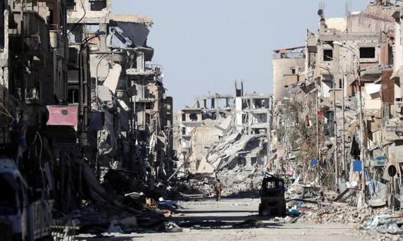 Theo ước tính của Ngân hàng thế giới (WB), Syria cần ít nhất 200 tỷ USD để tái thiết đất nước ở thời hậu chiến. Ảnh: REUTERS