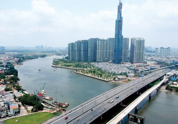 Sông Sài Gòn đoạn chảy qua TPHCM. Ảnh: THÀNH TRÍ