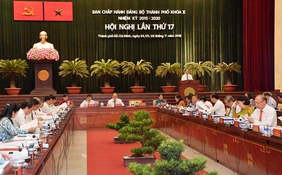 Toàn cảnh hội nghị lần thứ 17 Ban chấp hành Đảng bộ TPHCM khóa X, nhiệm kỳ 2015-2020. Ảnh: Việt Dũng
