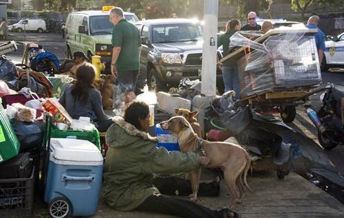 Những người vô gia cư ở TP Honolulu - Mỹ. Ảnh: STAR ADVERTISER