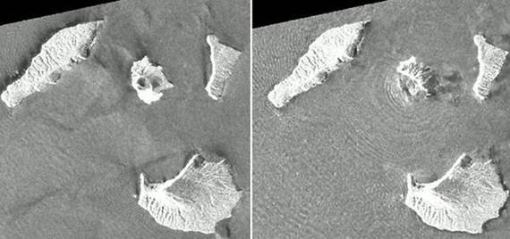 Núi lửa Anak Krakatoa trước (ảnh trái) và sau khi phun trào ngày 22-12-2018 (ảnh phải), với một khu vực khoảng 2 km² của núi lửa đã sụp đổ xuống biển. Hình ảnh chụp từ vệ tinh ALOS-2 của Cơ quan Không gian Nhật Bản (JAXA)