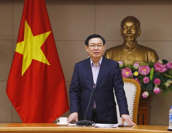 Phó Thủ tướng Vương Đình Huệ phát biểu chỉ đạo cuộc họp. Ảnh: VGP