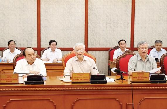 Tổng Bí thư, Chủ tịch nước Nguyễn Phú Trọng phát biểu tại cuộc họp Bộ Chính trị. Ảnh: TTXVN