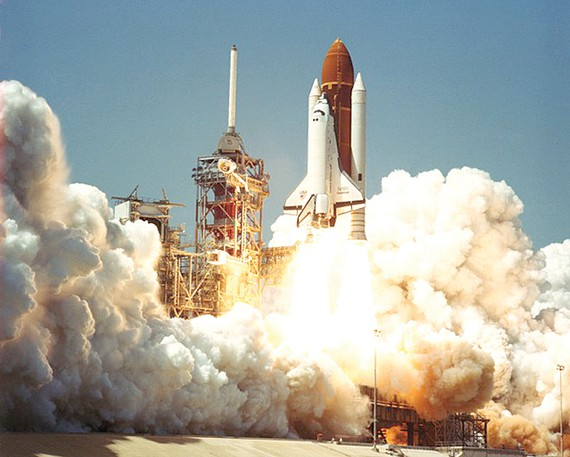Cuộc đua quân sự hóa vũ trụ ngày càng quyết liệt. Ảnh: Reuters