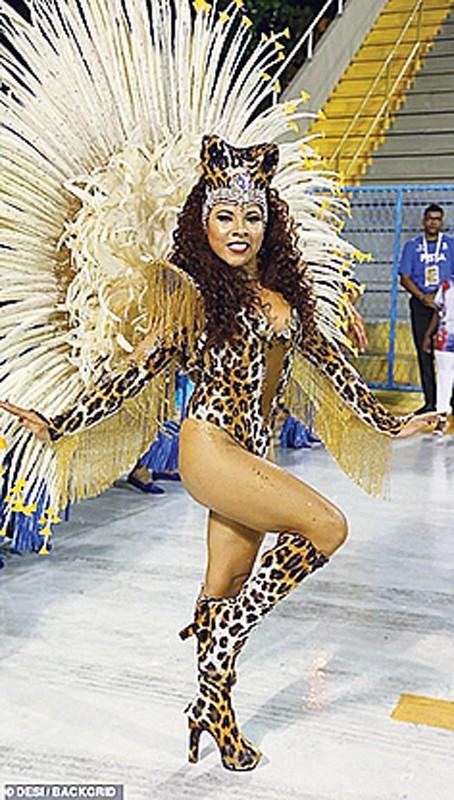 Lễ hội hóa trang Rio de Janeiro