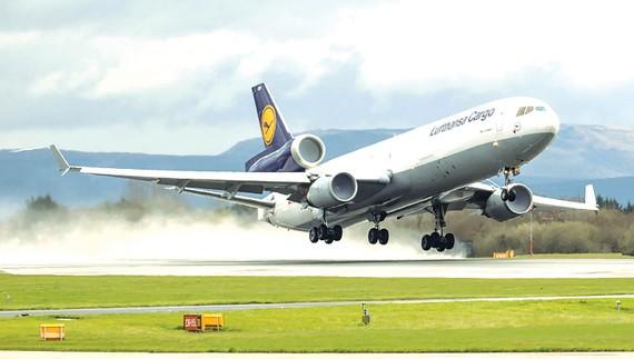 Các hãng hàng không châu Âu đang nối lại các đường bay quốc tế