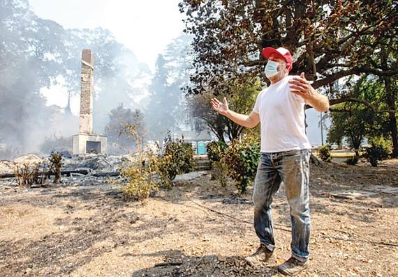 Trang trại 157 tuổi của Trung tâm Giáo dục nông nghiệp phi lợi nhuận Pie Ranch xơ xác do cháy rừng