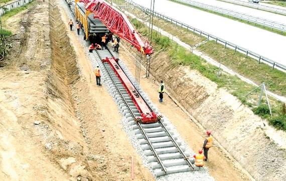 Một tuyến đường sắt của Serbia do Tổng công ty Cầu đường Trung Quốc thi công. Ảnh: railtech.com
