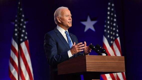 Ông Joe Biden được biết đến là một chính trị gia có phong cách gần gũi, giản dị. Ảnh: ABCNew