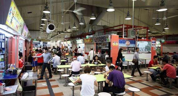 Một trung tâm ẩm thực đường phố của Singapore